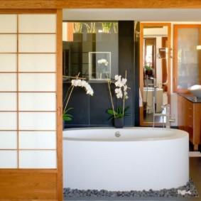 Овальная ванна из акрилового материала