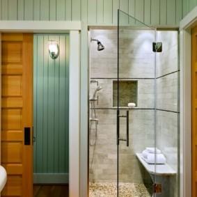 Душевая кабина в нише ванной комнаты