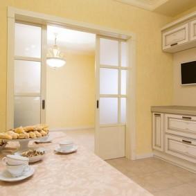 Кухонная мебель с патиной на фасадах