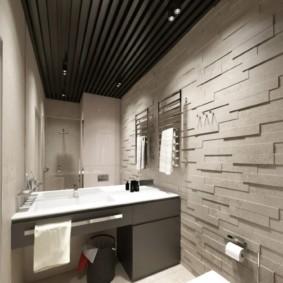 Рельефные панели на стене в ванной комнате