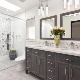 Дизайн ванной с двумя умывальниками