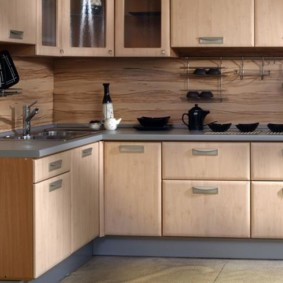 Ламинированные фасады кухонной мебели