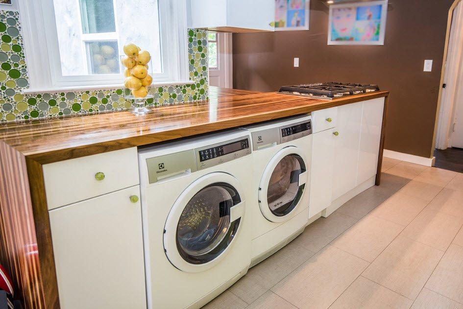 сушильная машина в кухонном гарнитуре фото проблема