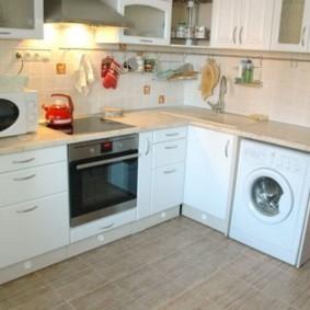 Кухонный гарнитур с индукционной плитой