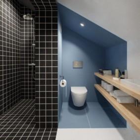 Туалет в нише частного дома