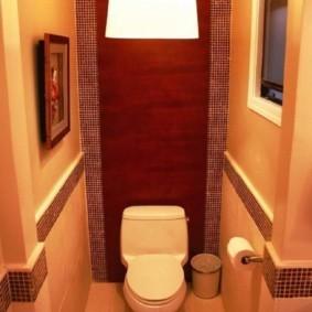 Декор мозаикой стен туалета