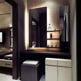 Декоративная подсветка уголка для утреннего туалета