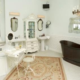Ковер в интерьере ванной комнаты