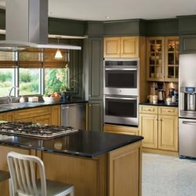 холодильник на кухне фото виды