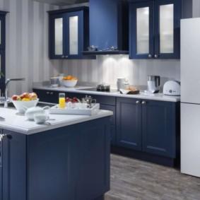 холодильник на кухне дизайн идеи