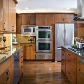 холодильник на кухне фото дизайна