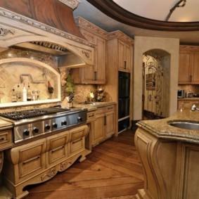 Дизайн кухни с мебелью из массива дерева