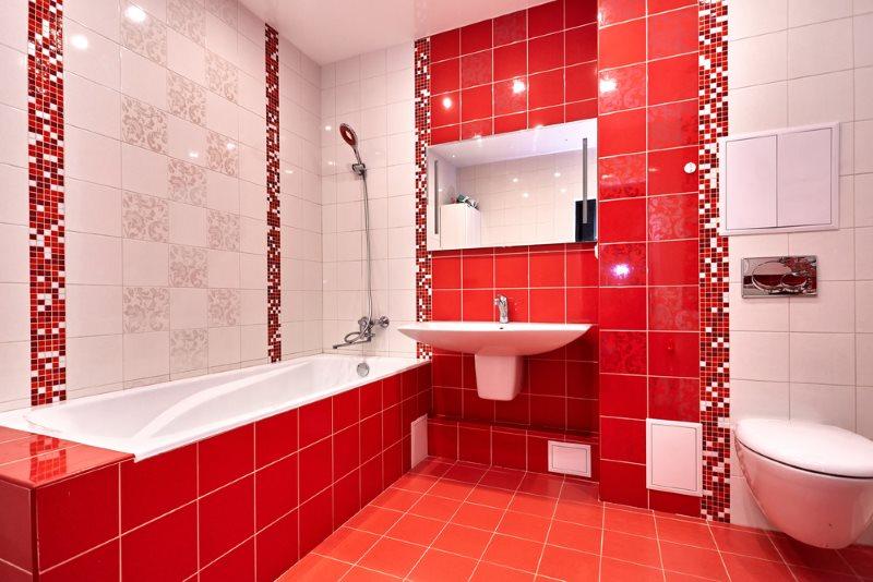 Интерьер современной ванной комнаты в красно-бело цвете