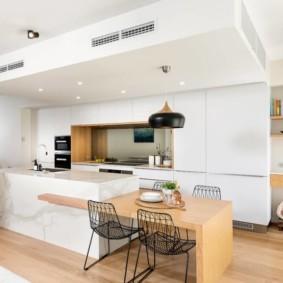 Кухонный остров комбинированного типа