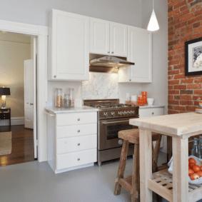кухня с кирпичной стеной идеи