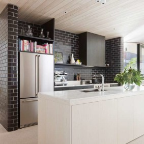кухня с кирпичной стеной идеи обзор
