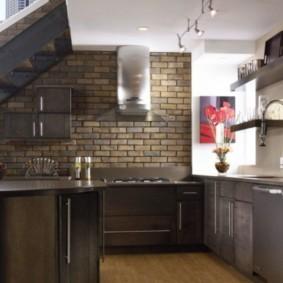 кухня с кирпичной стеной идеи виды