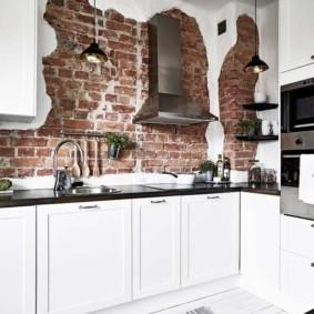 кухня с кирпичной стеной обзор фото