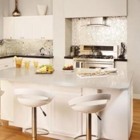 ламинат на кухне фото видов