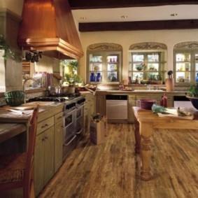 ламинат на кухне идеи фото