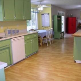ламинат на кухне идеи варианты