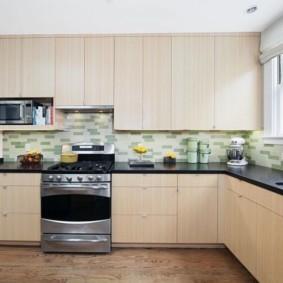 ламинат на кухне оформление