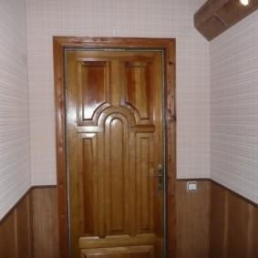 ламинат на стену в прихожей интерьер фото