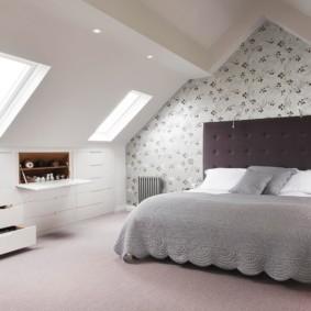 мансардная спальня идеи дизайн