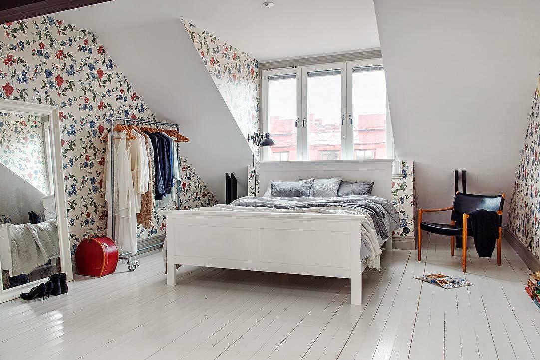 спальня на мансарде идеи фото