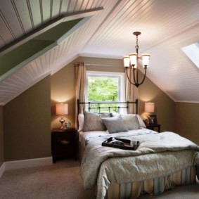 мансардная спальня идеи варианты