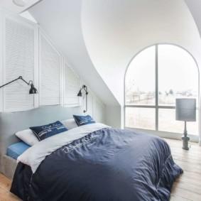 мансардная спальня виды