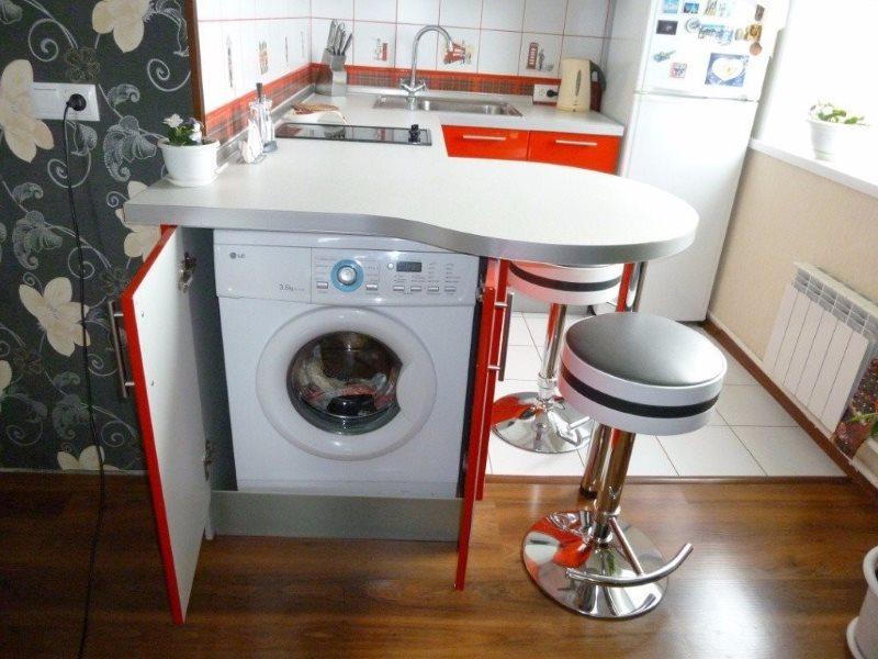 Место для стиральной машинки под барной стойкой