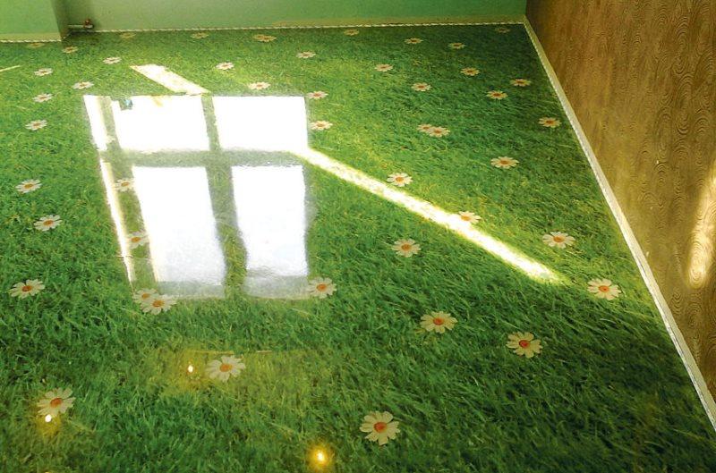 Эпоксидный наливной пол с изображением травы