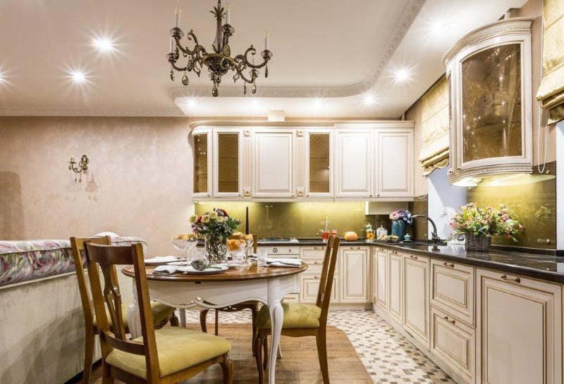 Зонирование рабочего места на кухне с помощью второго уровня потолка