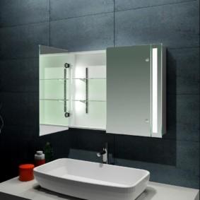 навесной шкаф в ванную фото интерьера
