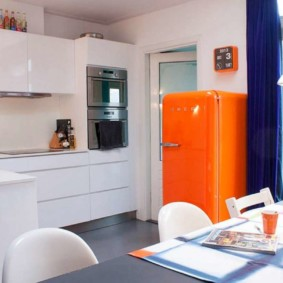 холодильник на кухне интерьер идеи