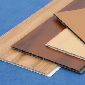 Стандартные пластиковые панели для влажных помещений