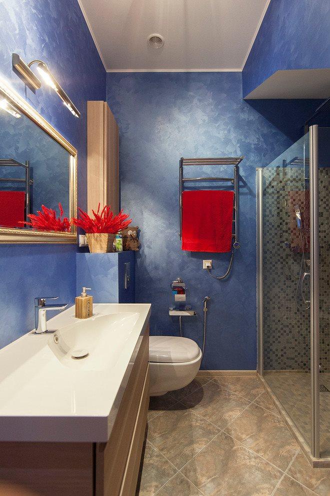 Плитка по диагонали на полу в ванной