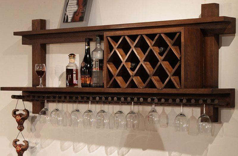 Деревянная полка для вина с держателем для бокалов