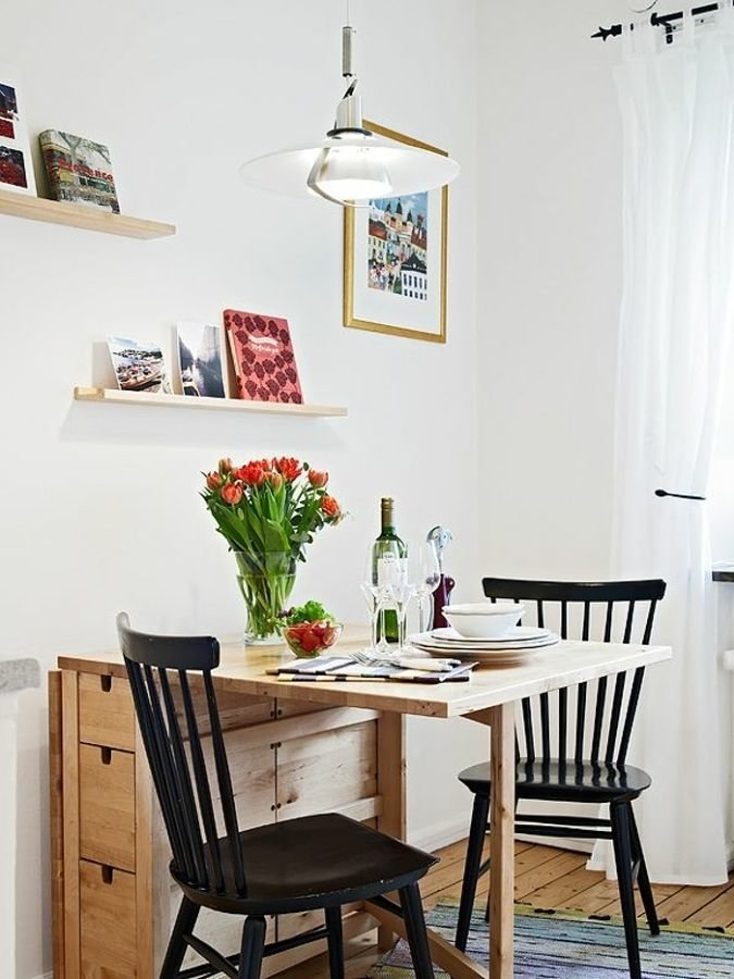 квартире, полка над кухонным столом фото ничего остается