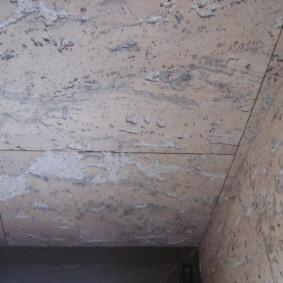 Светлые пробковые панели для потолка