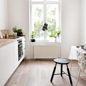 Скандинавская кухня без навесных шкафов