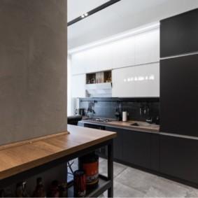 Черно-белый гарнитур для современной кухни