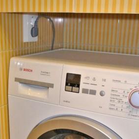 Двойная розетка в нише со стиральной машиной