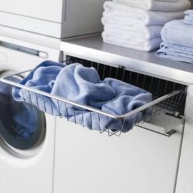шкаф пенал с бельевой корзиной для ванной фото оформление