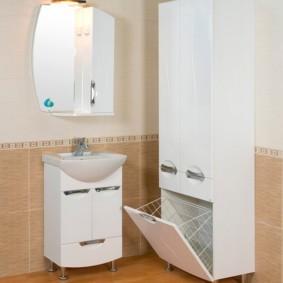 шкаф пенал с бельевой корзиной для ванной идеи оформление
