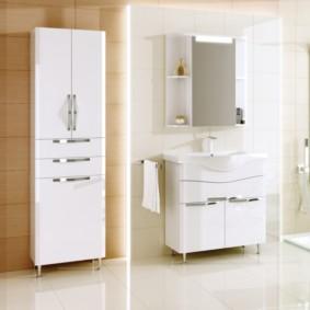 шкаф пенал с бельевой корзиной для ванной дизайн