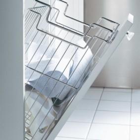 шкаф пенал с бельевой корзиной для ванной варианты