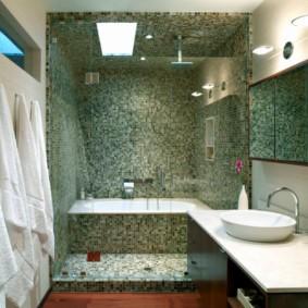 шторка для ванной комнаты из стекла фото интерьер