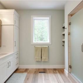 шторка для ванной комнаты из стекла варианты декора